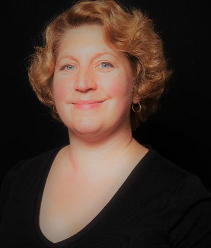 Maggie Broderick, PhD photo